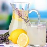 Băutura cu lavandă care te ajută să scapi de durerea de cap și de anxietate